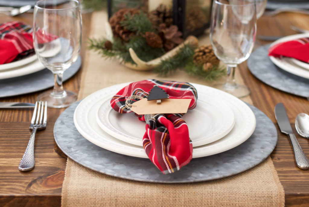 holiday placesetting red plaid napkins