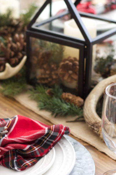 Rustic Christmas Tablescape Inspiration